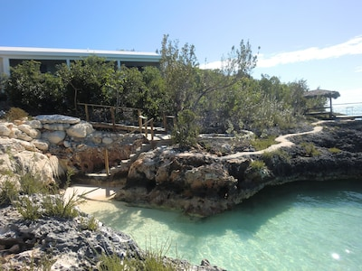 Salt Pond, Long Island, Bahamas