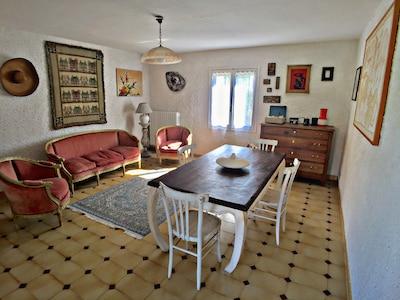 Appartamento nell'aperta campagna del Monferrato con ampio terrazzo