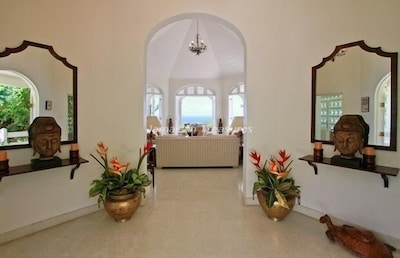 The Zen Foyer embraces you....