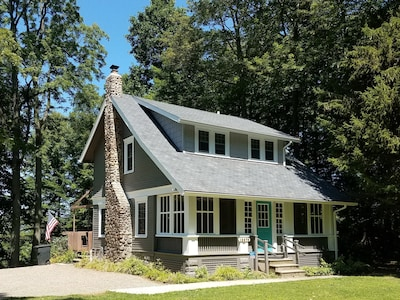 Exterior renovation 2017 - exterior paint and roof