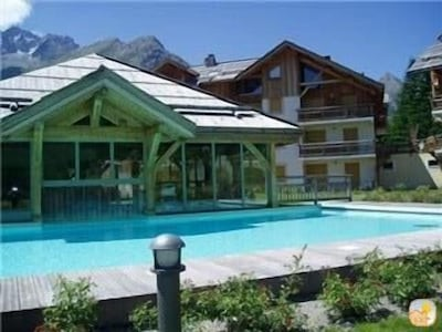 Heated Pool with mountain views. Sauna and hammam also available.