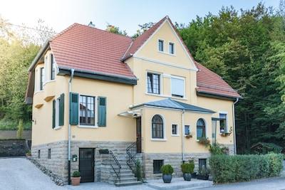 "Das Ferienhaus ""Albert & Frieda"", 2 FeWo, auch als Haus buchbar"