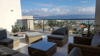 Vue panoramique sur Lisbonne depuis la terrasse du 8ème étage
