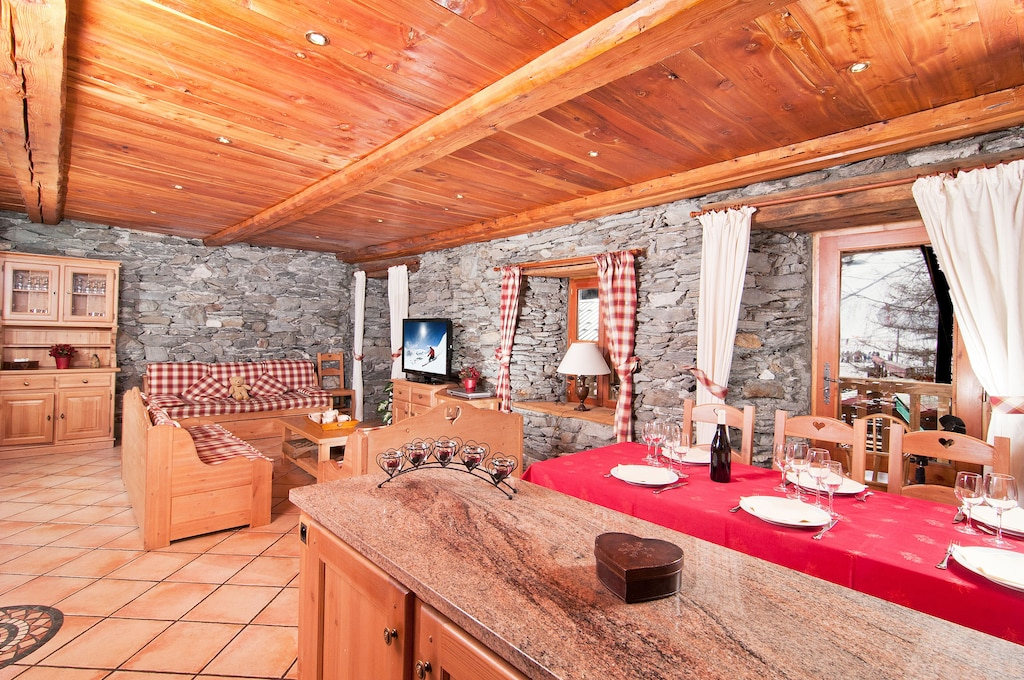 Luxury Chalet apartment rental Tignes Val d'Isère ski in ...
