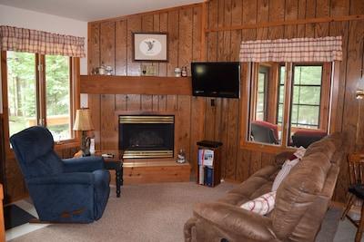 Living Room has 3 Laz E Boy recliners.