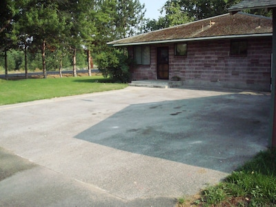 Wide driveway for cars, camper, or boat trailer
