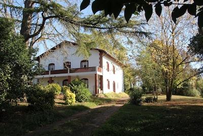 Miramont-Latour, Gers, France