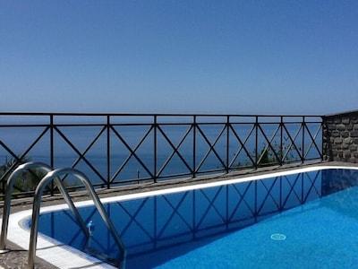 Lombo do Doutor, Calheta, Madeira, Portugal
