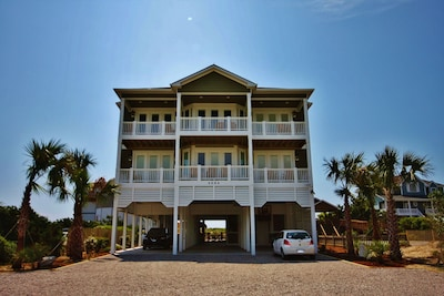 Oceanfront Mansion (8,500 sf)*Pool*Elevator*Tiki Bar ...