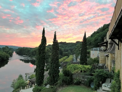 Another beautiful sunset over the Dordogne, showing the front of house.