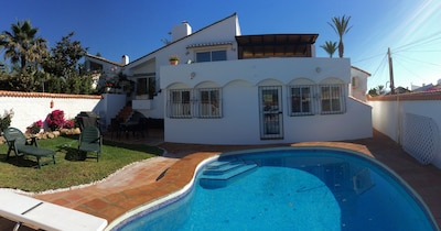 Stunning Andalusian beachside location with private pool and garden