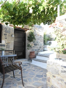 Charming house at foot of the acropolis in Archangelos, Rhodes
