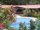 Pool and bar at Chachgua Rainforest Lodge