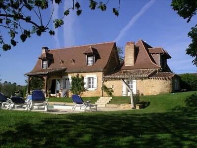 Maison De Nicola