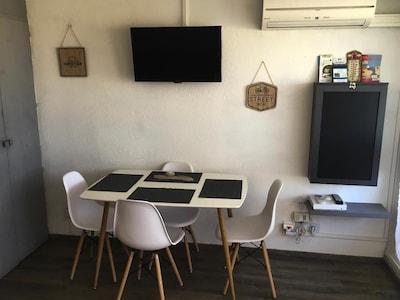 Studio face à la mer avec terrasse