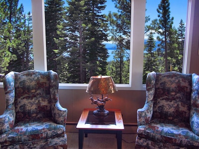 A perfect place to enjoy the view and a glass of wine, coffee or a book !