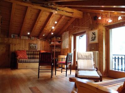 Ampia e accogliente mansarda a Valtournenche - WIFI illimitato