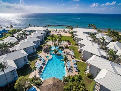 Sunset Cove, Seven Mile Beach, Cayman Islands