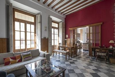 200m2 Exquise Maison Familiale 19eme Siecle Quartier Historique De Cadix Vieille Ville De Calp