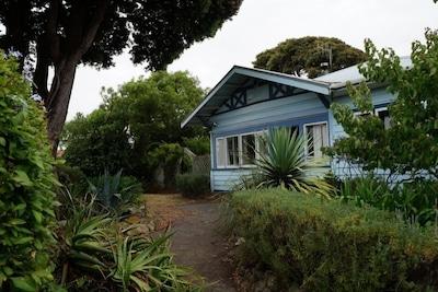 Pohutukawa villa from front gate