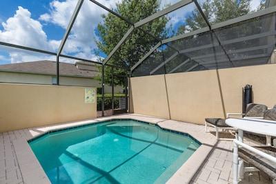 Splash pool - view 2