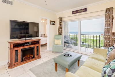 Welcome Shore Thing 2-bedroom, 1 bath condo in sunny Jacksonville Beach!