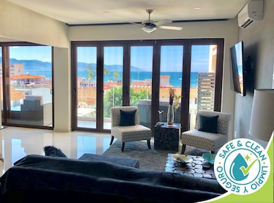 Stunning ocean view while you rest in the living area
