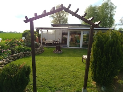 Erholung pur Haus mit Klimaanlage inkl. 3 Fahrräder und Kanu, Liegen ,Feuerschal
