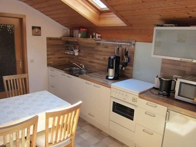 Ferienwohnung, 1-4 Personen, WohnZi, Küche, SchlafZi, Dusche/WC, Balkon