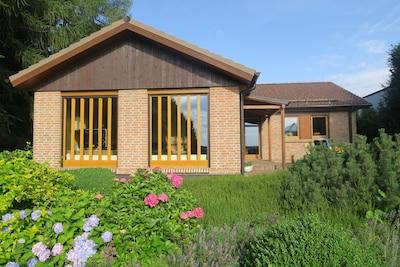 Traumhaus mit wunderschönem Garten
