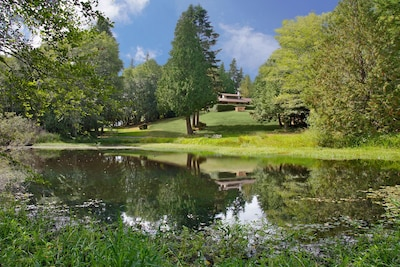 Kingston House is 27 acres of lawns, a lavender farm,  pond & mid-century home.