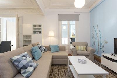 Elegant & Smart Apartment in the Center