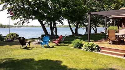 The lake is calling you! What a wonderful view, just 20 feet from the water.