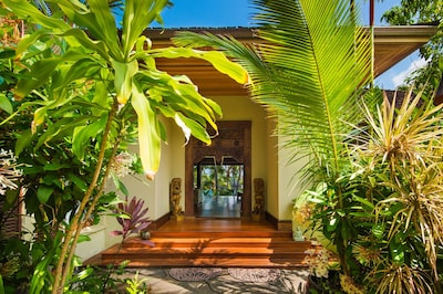 Grand Balinese Entrance