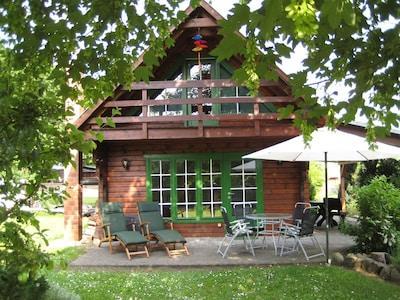 Ferienhaus 70qm WFL, 600qm Alleingrundstück McPom Neukalen am Kummerower See