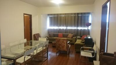 Ótimo Apartamento de 4 Quartos no Buritis