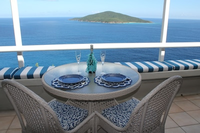 Enjoy your Weber grill and dine with a view of the islands