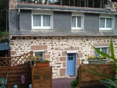 maison vue du jardinet