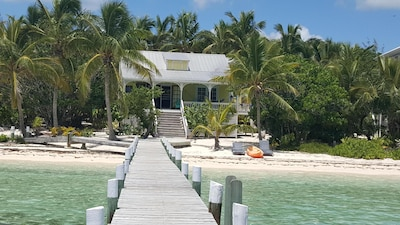 Lubbers Quarters Cay, Hope Town, Bahamas