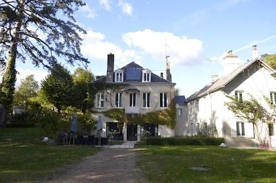 Saint-Jean-le-Blanc, Loiret Département, Frankreich