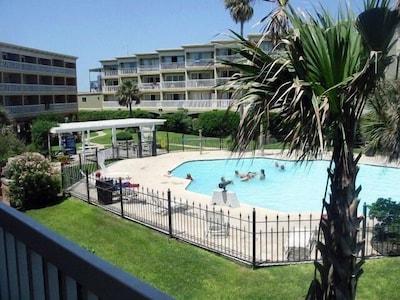 Ocean View Condo at Resort Facility Near Beaches
