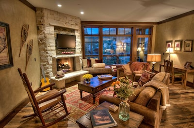 "Comfortable Great Room Overlooking the Slopes with Gas Fireplace and 42"" TV"