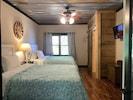 Double Queen Bedroom with En suite bathroom (Main Floor)
