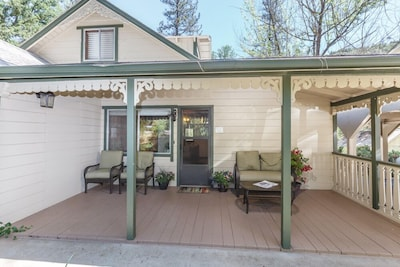 Cabin front porch