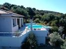 Villa Paradiso and its surroundings