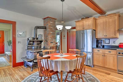 This vacation rental home in Albany offers 4 bedrooms and 2 bathrooms.