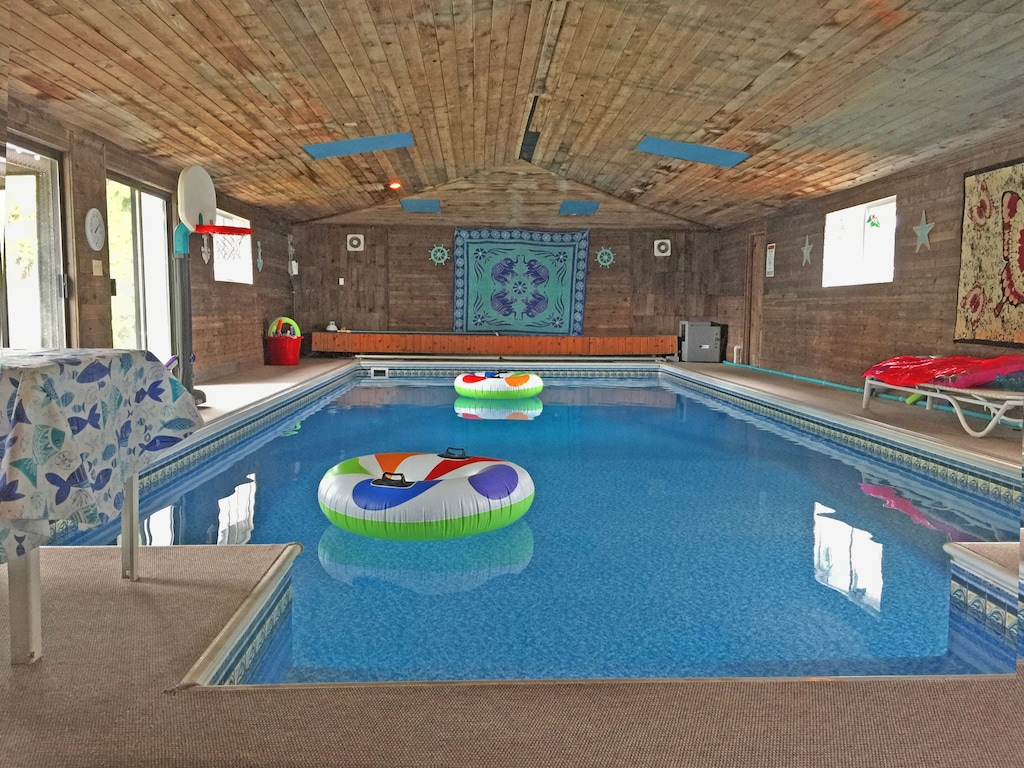 Fully Stocked Indoor Pool Home Fairwood