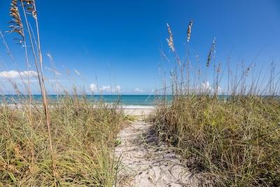 Ocean Shores, Indialantic, Floride, États-Unis d'Amérique