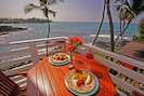 Penthouse Private Lanai Beautiful for Breakfast and Sunset above the waves