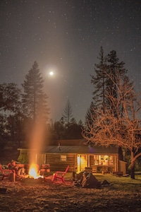 One of our so nice guests shared this photo of a starry night and a toasty fire.